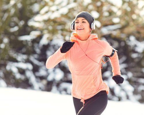 Cvičíme venku: péče o pleť před a po tréninku